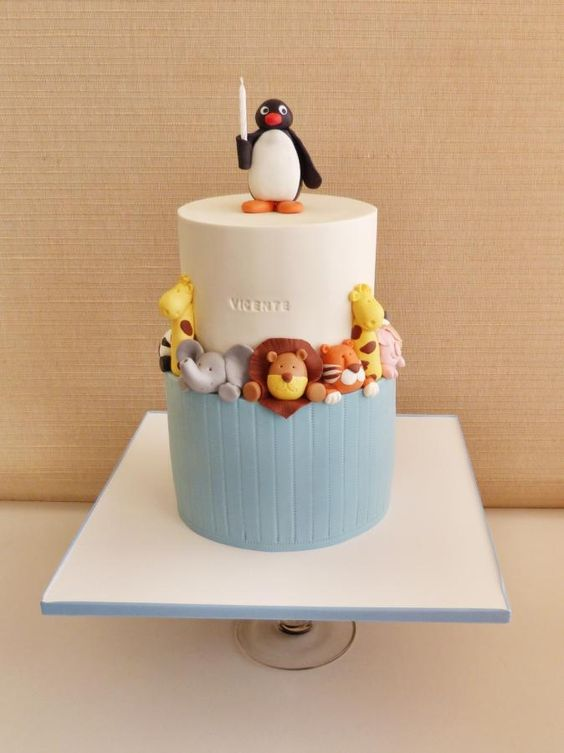 Cake Design Animal : 1000+ ideas about Pingu Cake on Pinterest Penguin Cakes ...