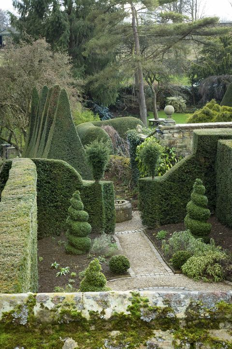 York Gate Garden In West Yorkshire Takes Design To A New Level In 2020 Garden Landscape Design Landscape Design Garden Hedges