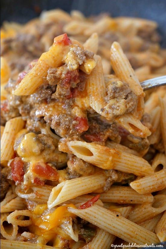 Cheesy Hamburger Pasta Great Grub Delicious Treats In 2020 Beef Pasta Recipes Beef Casserole Recipes Ground Beef Pasta Recipes