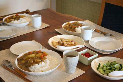大盛りカレーのある食卓|今日の晩ご飯と今日の収納術