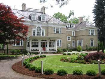 Kane Manor Country Inn  www.kanemanor.com