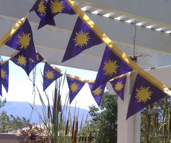Tangled Rapunzel Party  -10' Double Sided sun emblazoned bunting. $32.50, via Etsy.