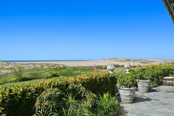 1576 E Oceanfront, Newport Beach, CA 92661 - $26,000/month Luxury Home Property For Sale and Rent