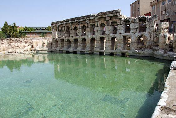 Yozgat'ın Sarıkaya İlçesi'ndeki Roma Hamamı kalıntıları