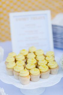 butter yellow cupcakes
