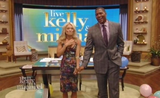 Michael Strahan makes debut as 'Live! With Kelly' co-host; After months of searching, Kelly Ripa taps ex-Giants star for seat