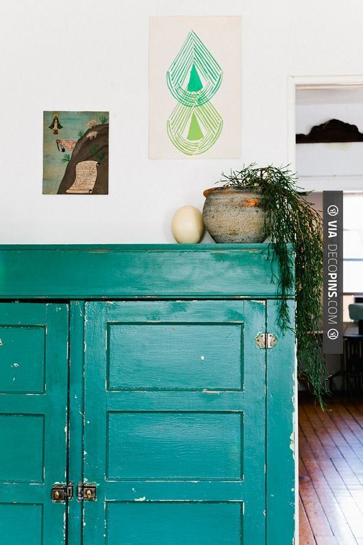 Love this - photographer Nicole Franzen | CHECK OUT MORE STORAGE IDEAS AT DECOPINS.COM | #storage #storage #closets #nooks #shelves #bookshelves #wallstorage #homedecor #homedecoration #decor #livingroom #walls