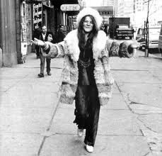 Janis Joplin aka Janis Lyn Joplin (January 19, 1943 – October 4, 1970) was an American singer-songwriter. Joplin first rose to prominence in the late 1960's as the lead singer of the psychedelic-acid rock band Big Brother and the Holding Company, and later as a solo artist with her more soulful and bluesy backing groups, The Kozmic Blues Band and The Full Tilt Boogie Band.