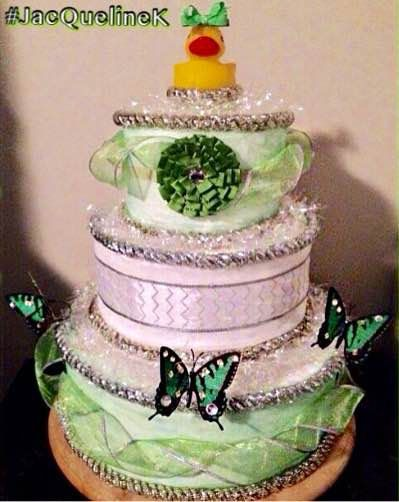 FREE SHIPPING: Green Sparkle Diaper Cake 120 by GlamLuxePartyDecor