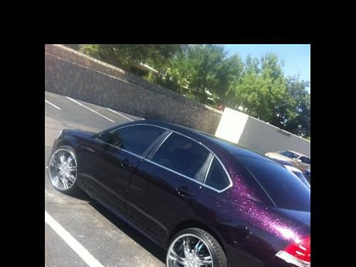 11 500 00 2009 Chevy Impala Custom Paint Black With Pink Flakes