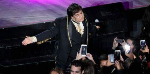 Juan Gabriel desbanca a Justin Bieber en YouTube...