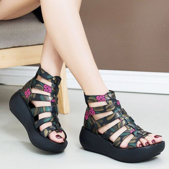 38 Platform Comfort Sandals You Will Want To Keep shoes womenshoes footwear shoestrends