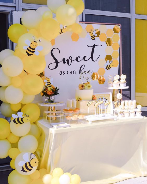 Bee theme shower ideas - food, decoration, invitations, balloons and more!