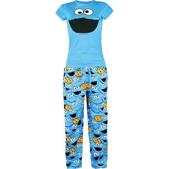 """""""Sesame Street"""" - """"Cookie Monster""""  Pyjama mit Hose im Allover-Design und Shirt mit großem Frontdruck. Mit dem 'Cookie Monster' Pyjama von Sesame Street machst Du die Nacht zum Tag. Der royalblaue Pyjama ist urbequem – perfekt für die nächste große Pyjama-Party. Ein großes Cookie Monster auf dem Shirt und ein sagenhafte Hose im Allover-Design machen den Pyjama zu einem Teil, das Du nicht wieder hergeben wollen wirst."""