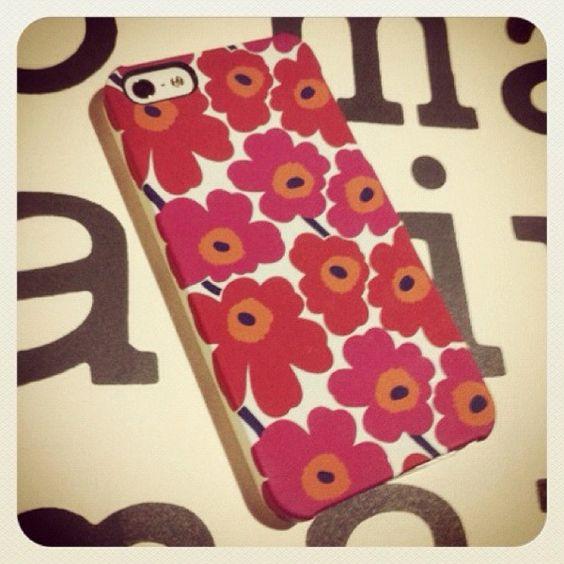 [めっこ❷*2012/11/09]    MARIMEKKO PHONE COVER      Unikko ♥     きゃわうぃー٩☻۶☆٩☻۶