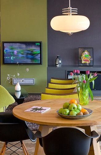 green w/ gray accent wall        Exclusive Plum 6263 Sherwin-Williams Purple gray  and   Dill Pickle 2147-40 by Benjamin Moore?  or Sassy Green 6416 by Sherwin Williams?