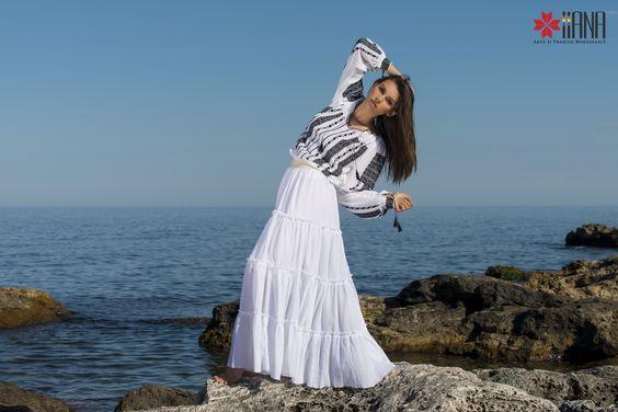 peasant blouse romanian blouse La Blouse Roumaine peasant handmade blouse traditional romanian blouse www.iiana.ro handmade roumanian fashion folkfashion ia tradition #tradition #iaday #romania #iiana #folkfashion