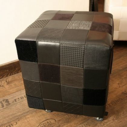 Pouf noir fauteuil design création  www.loftboutik.com