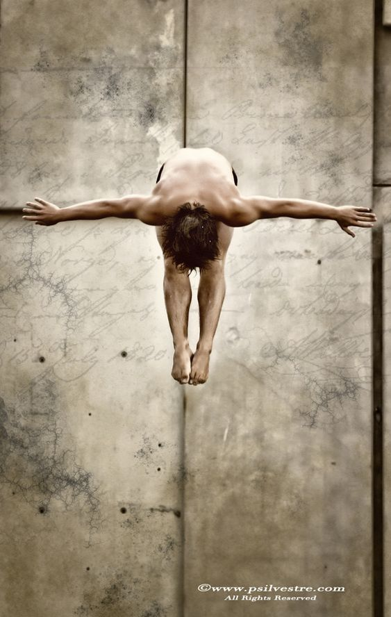 Able to dive from a diving board
