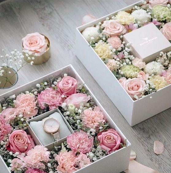Pin By Nayda Albarracin On Dekoracio Otthon Flower Box Gift Flower Bouquet Boxes Bouquet Box
