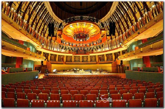 Nhà hát Esplanade chính là một khu phức hợp nghệ thuật đặc sắc và hoành trắng