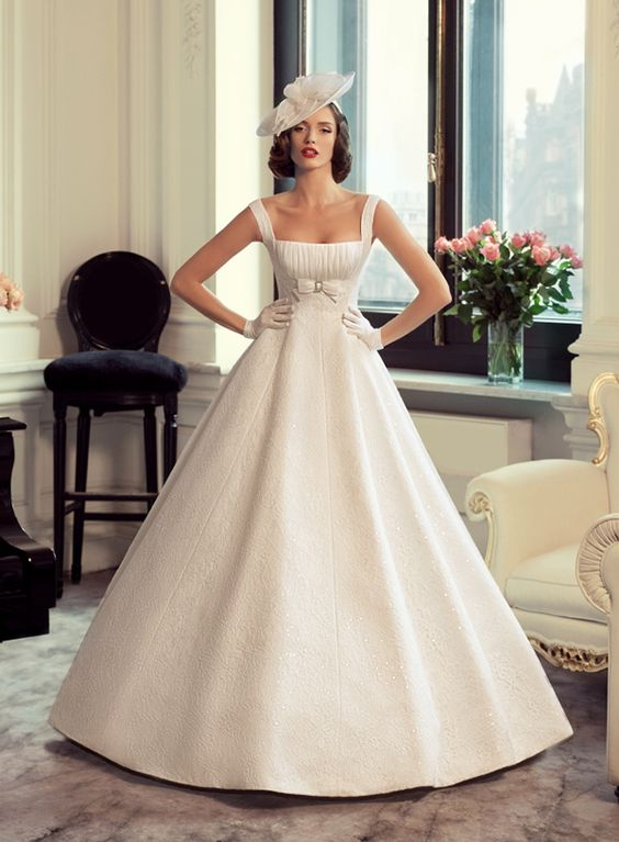 gorgeous Vintage Stylish Wedding Dress