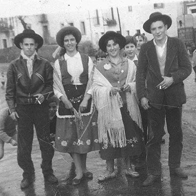 Carnavales en Cañamero en los años sesenta.