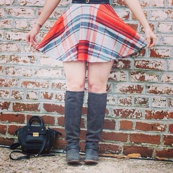 Soulinstilettos in the Nasty Gal Stay Sunny Skater Skirt (http://www.nastygal.com/clothes/stay-sunny-skater-skirt)
