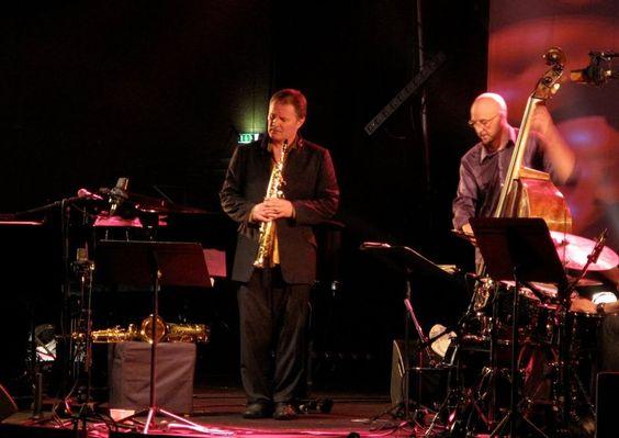LIVE MUSIC EVENTS. Paris Jazz Festival