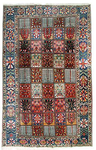Bachtiar mit schönen Gartenmotiven  350 x 265 cm