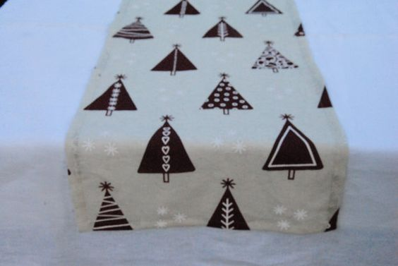 Christmas Table Runner cream cotton with Christmas tree от RPlinen