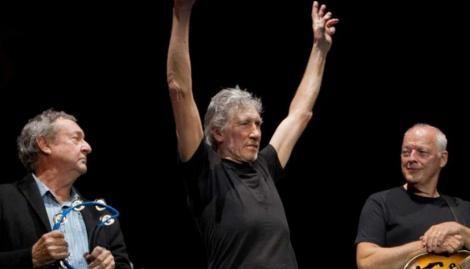 David Gilmour, Roger Waters y Nick Mason sorprendieron al publicar en la cuenta official de la banda un comunicado. Está relacionado a la situación que vivió