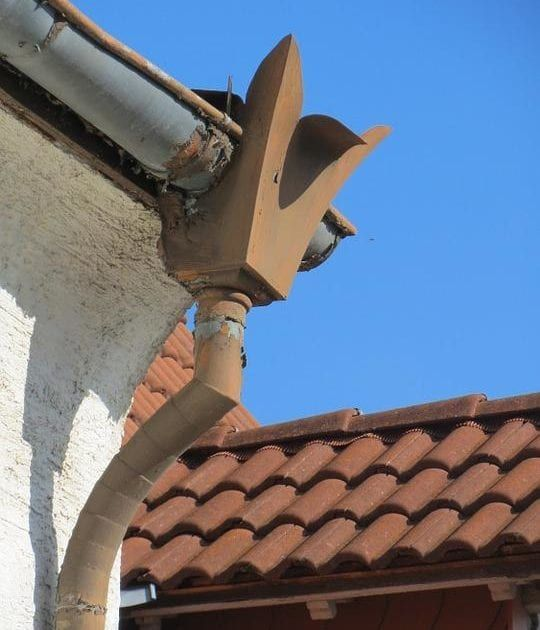 Rain Gutter Leak Repair Tips Top Reasons Why Your Gutters Are Leaking How To Install Gutters Gutters Rain Gutters