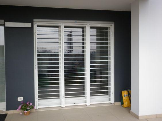 Porte Scorrevoli 3 Ante.Inferriata Apribile 3 Ante Bianca House Window Design House