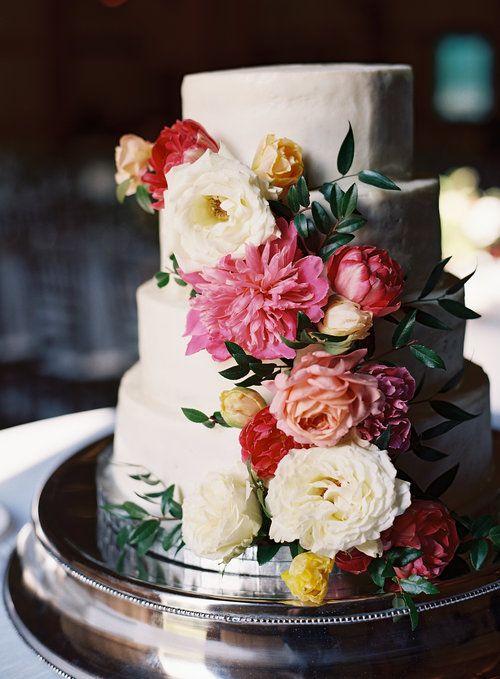 Wedding Cake With Lush Florals Pink Peonies Garden Roses Tulips And Greenery Nashvil Wedding Cake Toppers Elegant Backyard Wedding Cheap Wedding Flowers