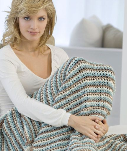 So pretty... dots and dashes crochet throw.  Free pattern and skill level says easy... hopefully it will be.