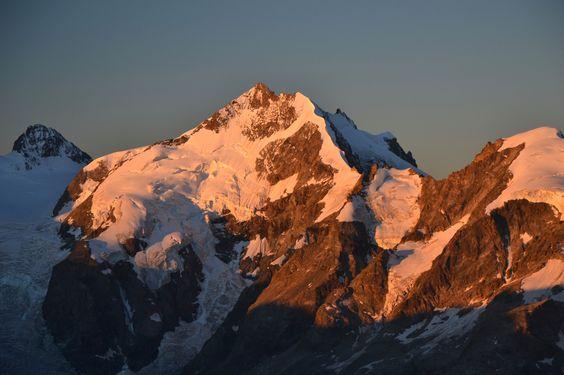 https://flic.kr/p/Lmhtjj   Piz Bernina (4049 m) at sunrise   Seen from Piz…