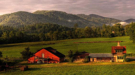 Early morningat the John C. Campbell Folk School in Brasstown, North Carolina. By Greg and Chrystal Mimbs: