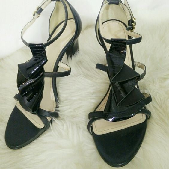"""Max Mara black leather frilled heels Beautiful,  practically new heels from Max Mara! Amp that cocktail dress up a few notches by pairing these sexy shoes with it.  Solid sturdy high heel to make it a bit easier to dance in!  Sz 38, made in Italy.  3.25"""" wide,  3.5 wide"""" 9.5"""" long MaxMara Shoes Heels"""