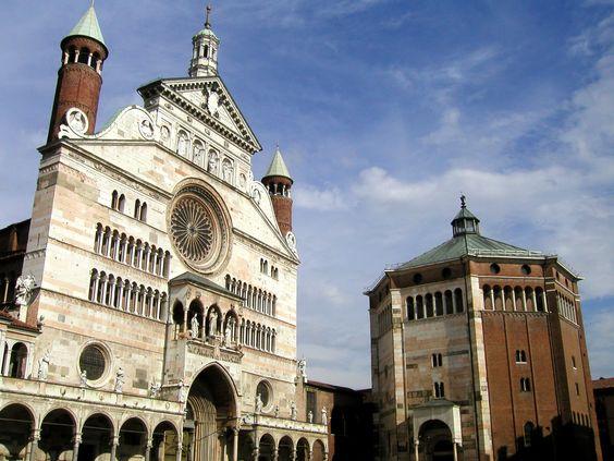 Cremona, il Duomo e il Battistero