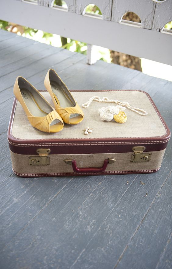 I Heart Wedding Dress: Yellow Wedding Shoes