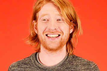 Domhnall Gleeson Gives His Opinion On 21 Random Things