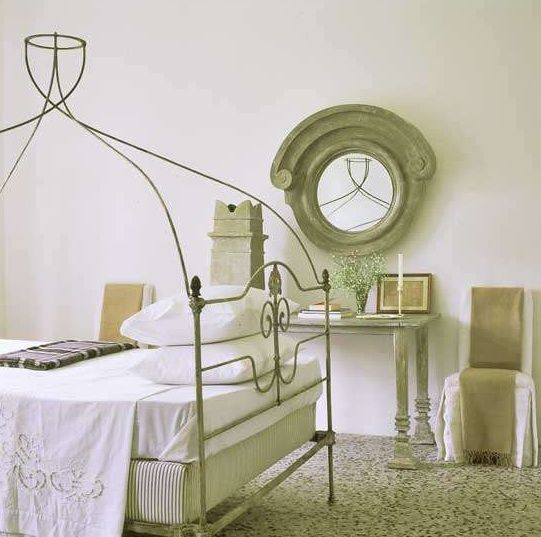 A bedroom in the Tuscan home of Mimi O'Connell