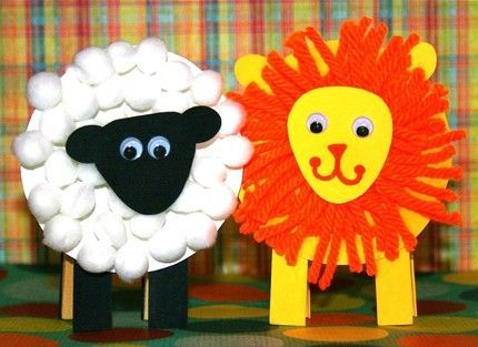 March calendar craft... In like a lion, out like a lamb