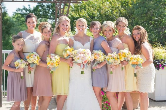 This is what I want for my wedding!  Already getting dresses similar to these, but I wasn't convinced I could pull yellow flowers off with it all!  I'm convinced now!    Stacy Able Midwest Wedding Photographer