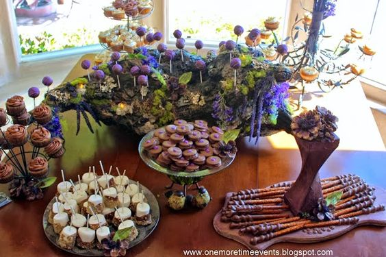 Natural Wood Dessert Stand and 5 Surprising Tips for Wooden Décor |One More Time Events.. http://www.onemoretimeevents.com/2013/10/natural-wood-dessert-stand-and-5.html