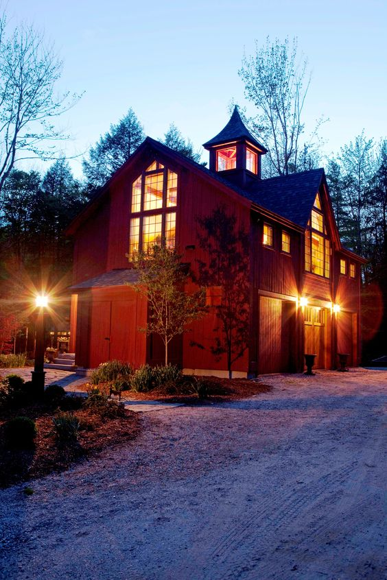 Carriage house small barns and post and beam on pinterest for Modular carriage house