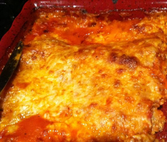 Totally GF lasagne - my own recipe using no boil GF rice noodles. Baked it for an hour. Deliciousness