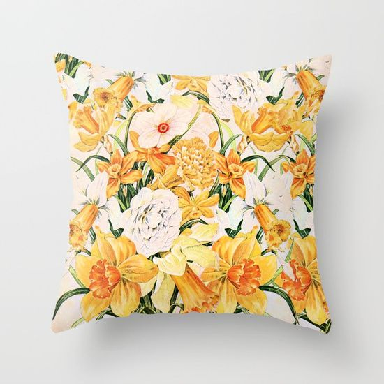 Wordsworth  and daffodils. Throw Pillow