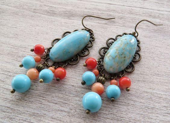 Boucles d'oreilles chandelier avec cabochon vintage turquoise, corail rose et filigrane bronze, bijoux : Boucles d'oreille par sofiabijoux: